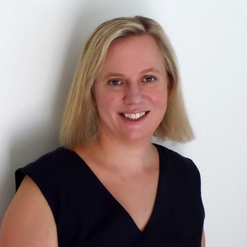 Dr Caroline Struthers